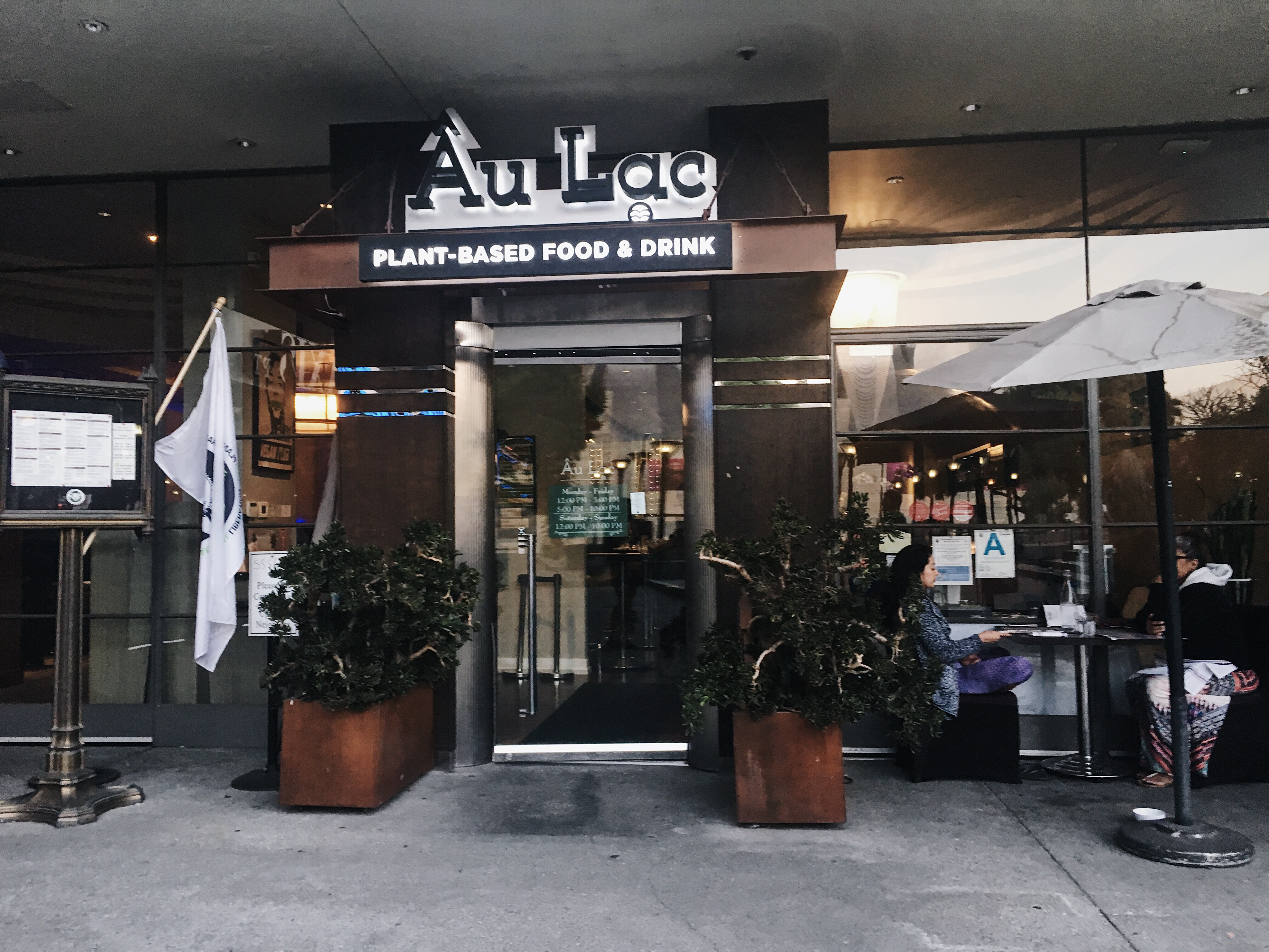 Âu Lac in Downtown Los Angles